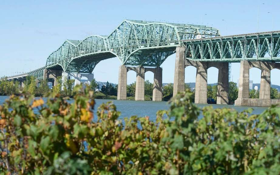 Champlain Bridge: Beam Operation support!