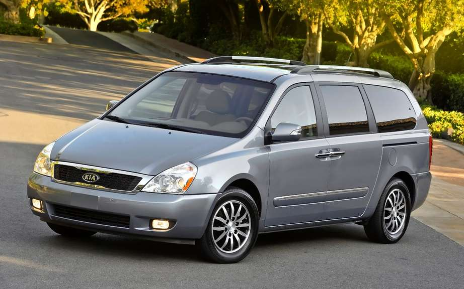 Kia recalls over 96,000 Sedona picture #2