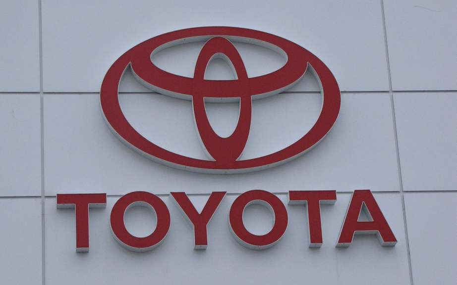 Toyota Canada sales rose in October picture #2
