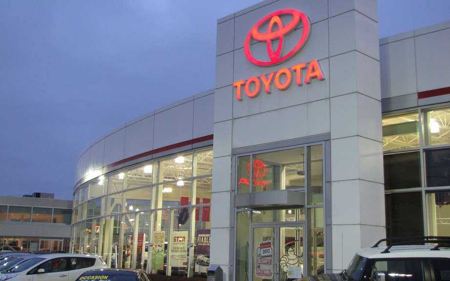 Toyota Canada sales rose in October picture #3