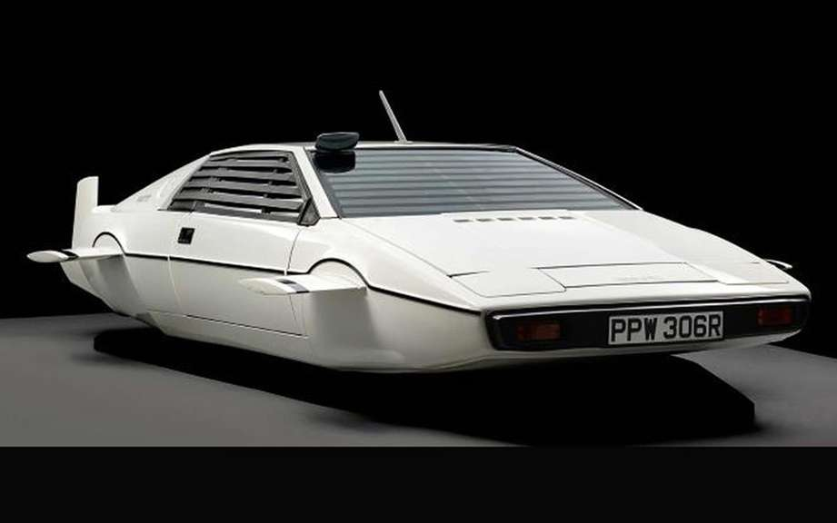 Lotus Esprit James Bond has sold Elon Musk