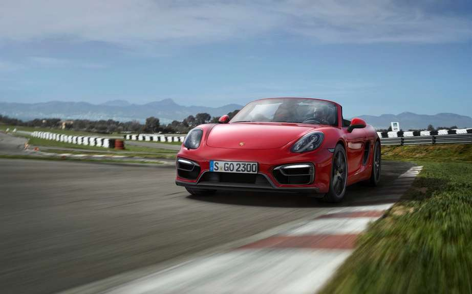 The Boxster and Cayman GTS Unveiled picture #16