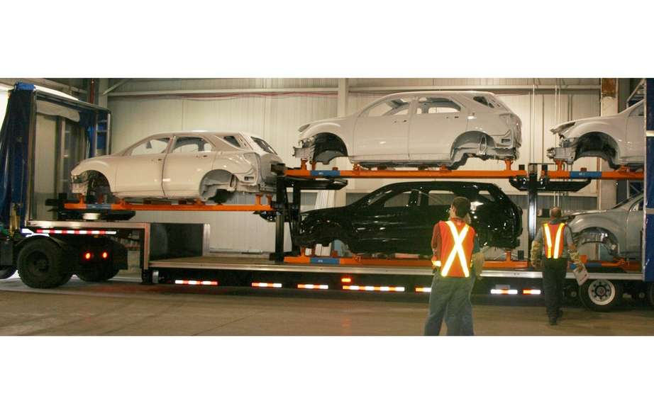 GM delays the closing of an assembly line in Oshawa, Ontario picture #6