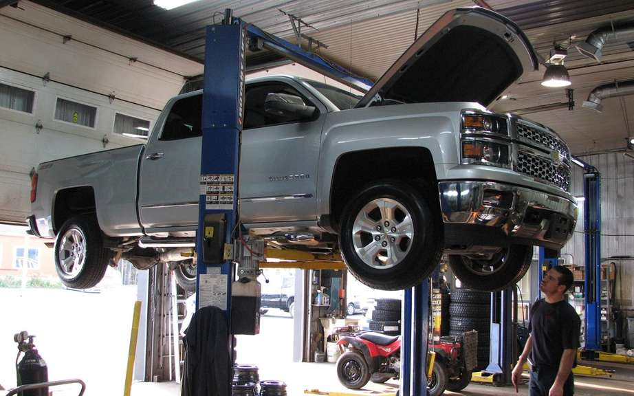 Gm Recalls 22 000 Trucks Some Of Which Sold In Canada