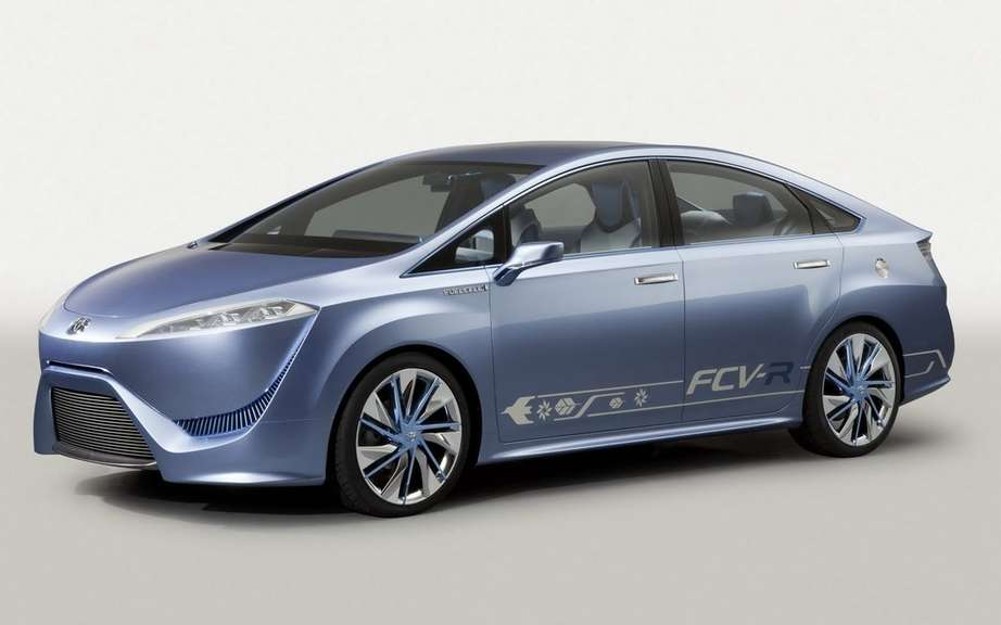 Toyota hybrid fuel cell of next year picture #4