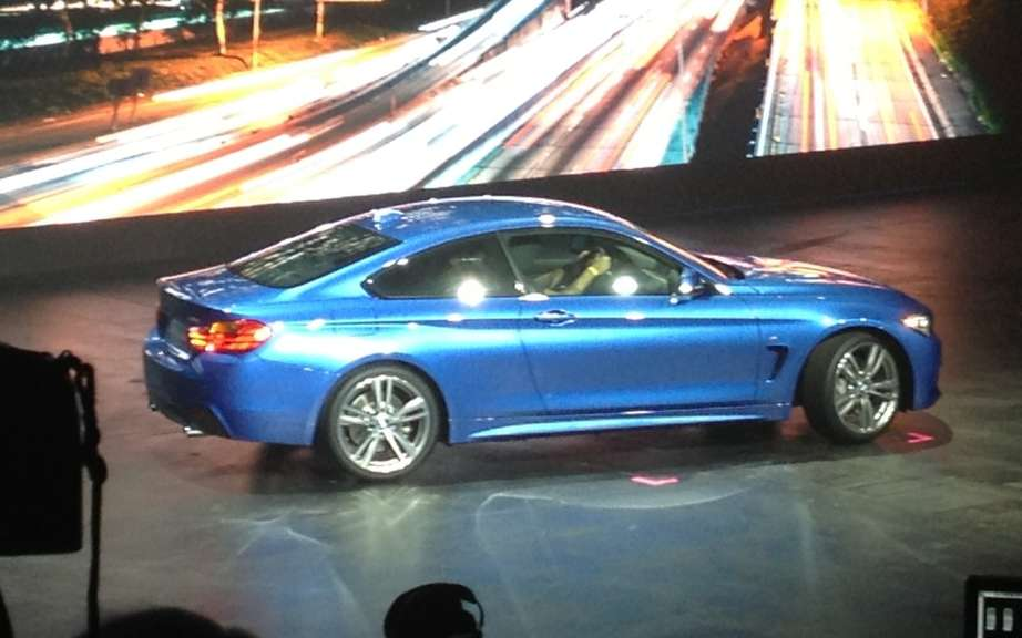 BMW 4 Series Convertible: leak pictures on canvas picture #3