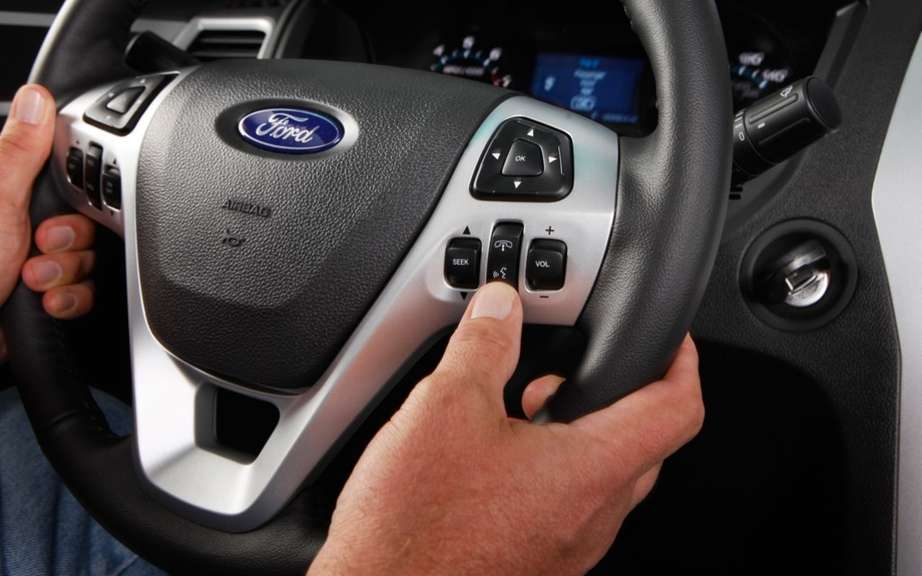 Ford: automatic marking of parking spaces and without driver