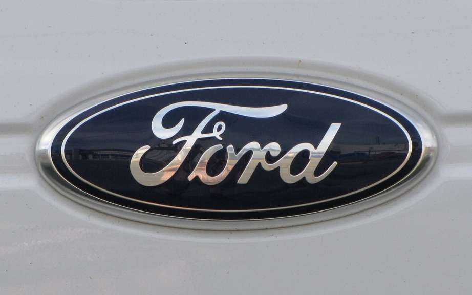 Ford: automatic marking of parking spaces and without driver picture #3