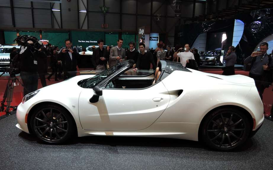Alfa Romeo 4C sold by Maserati North America