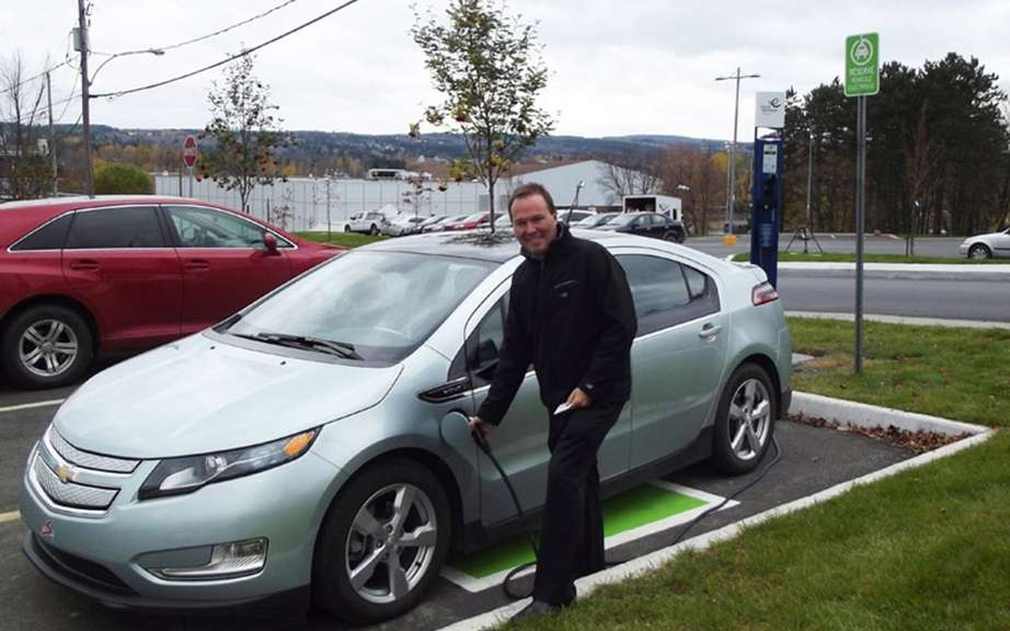 According Communauto, the draft must be extended electric cars