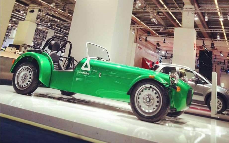 Caterham AeroSeven Concept unveiled in Singapore