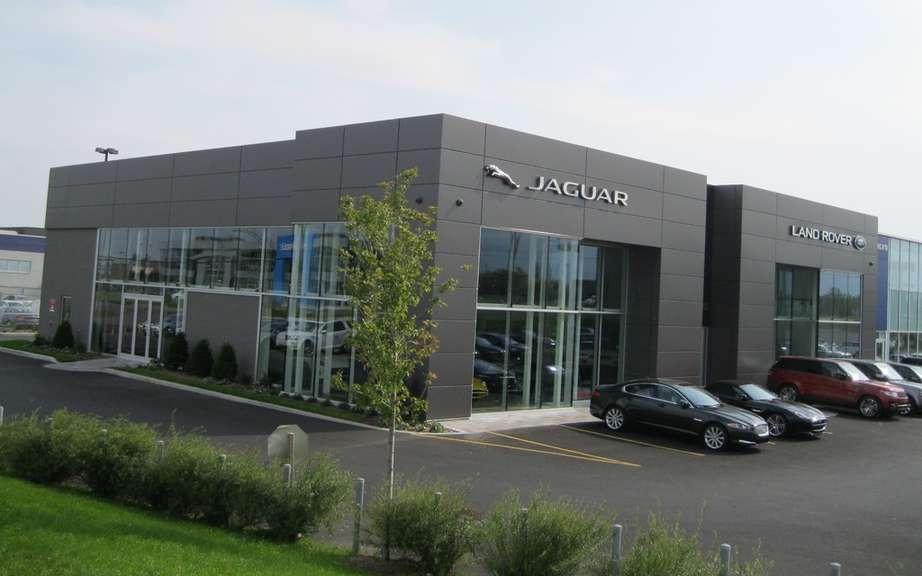 New jaguar land rover dealership in brossard