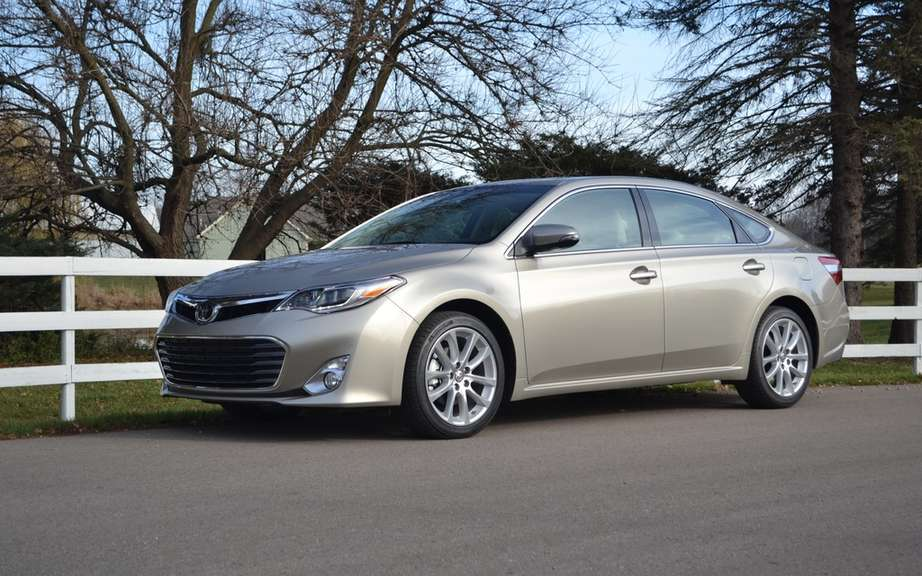 The 2013 Toyota Avalon receives two awards in Quebec picture #3