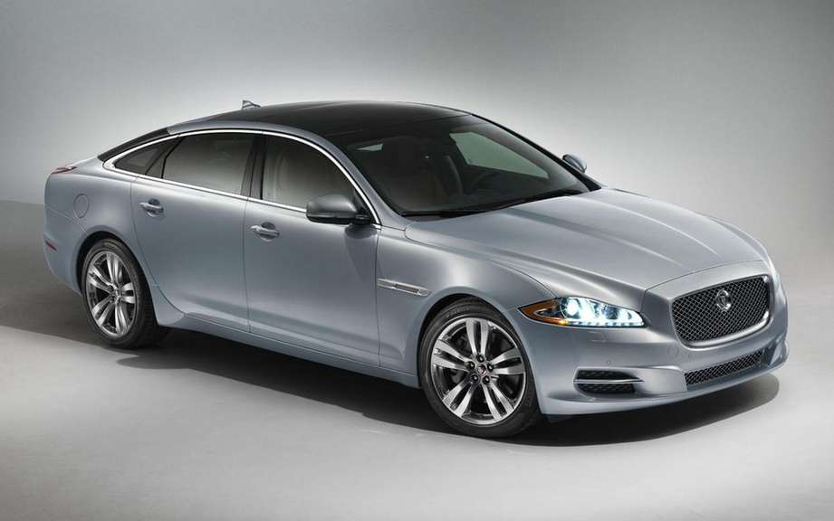 Jaguar will temporarily suspend production of its XJ sedan picture #2
