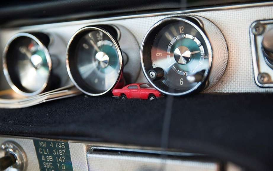 Volvo P1800S 1966 with 3 million miles on the clock picture #6