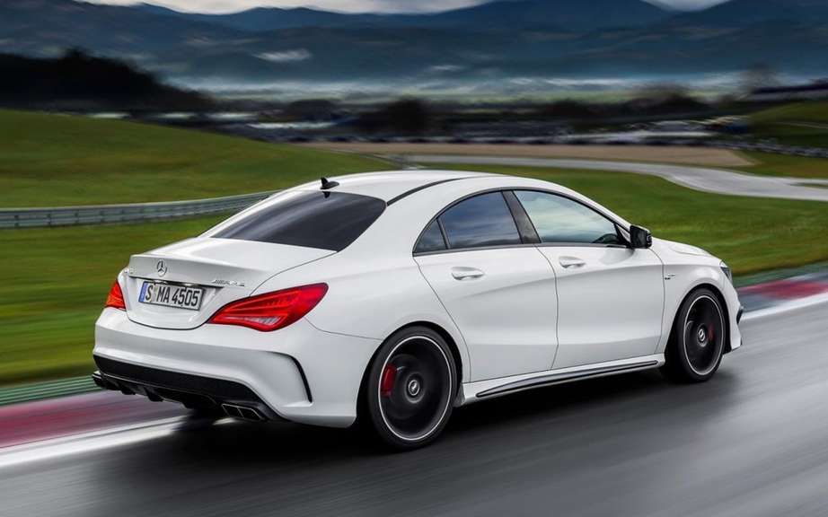Mercedes-Benz CLA Class sold from $ 33,900 picture #10