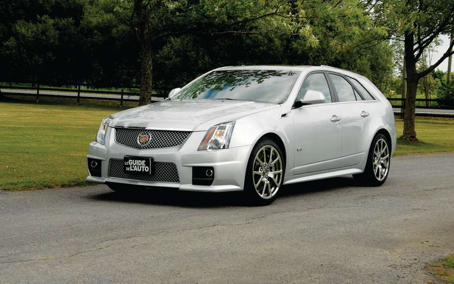 Cadillac CTS rolling on the difficult Nurburgring picture #2