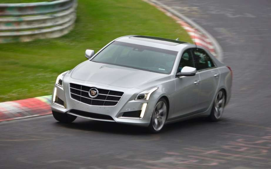Cadillac CTS rolling on the difficult Nurburgring picture #3