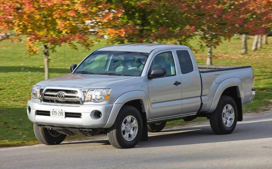 Toyota recall a second year of 880,000 vehicles in the U.S. and Canada picture #5