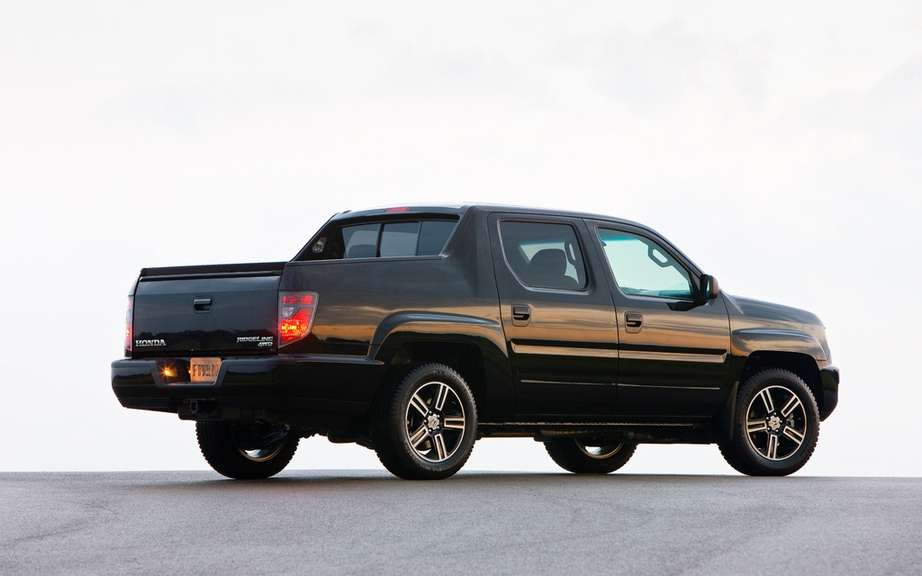 Honda Ridgeline Special Edition sale from November picture #3