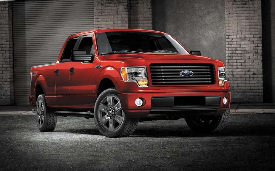 Ford F-150 STX SuperCrew 2014 most generous picture #5