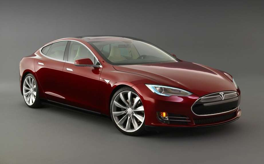 The Tesla Model S gets five-star safety rating picture #6