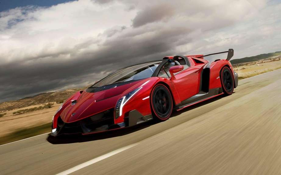 Veneno Lamborghini Roadster: 6.5-liter V12 and 750 horsepower