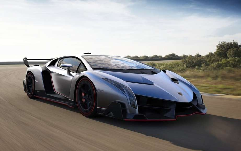 Veneno Lamborghini Roadster: 6.5-liter V12 and 750 horsepower picture #2