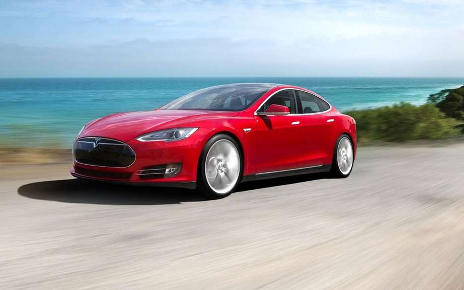 Car of the Year 2014 Consumer Reports: palm Tesla S picture #4