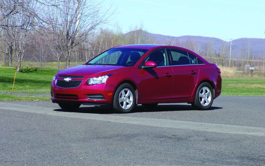 GM makes a recall Chevrolet Cruze for a brake problem picture #3