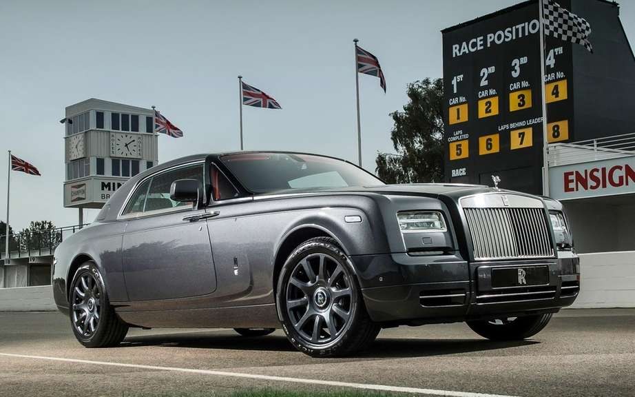 Rolls-Royce Phantom Drophead Coupe and Waterspeed Collection