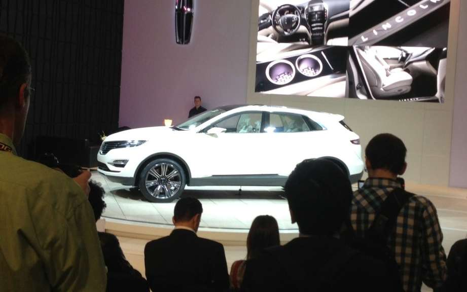 Lincoln MKZ MKC and Black Label Concepts Pebble Beach picture #3