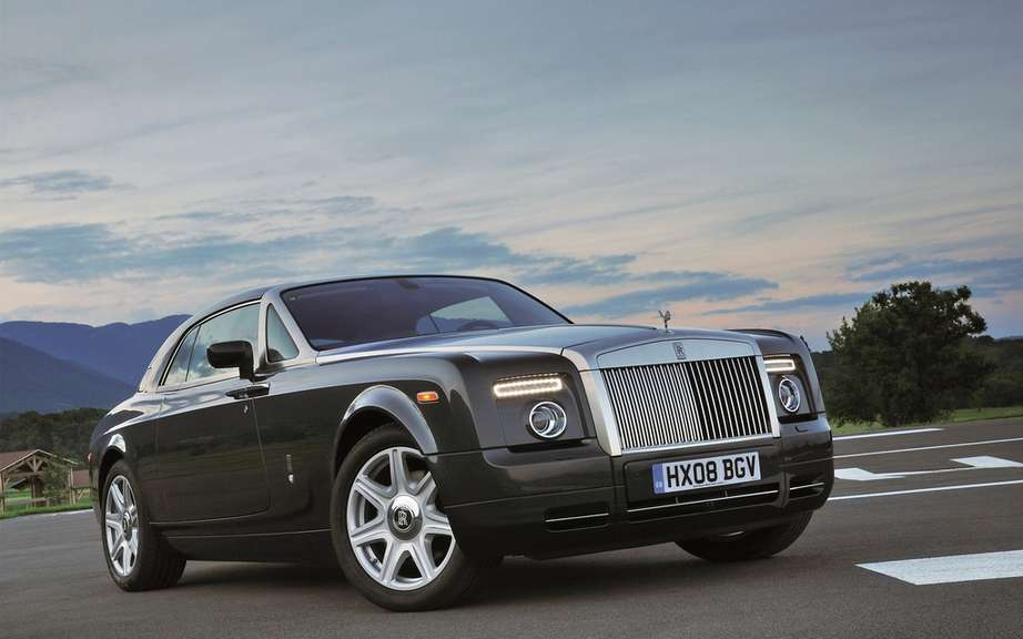 Rolls-Royce Phantom Drophead Coupe and Waterspeed Collection picture #3