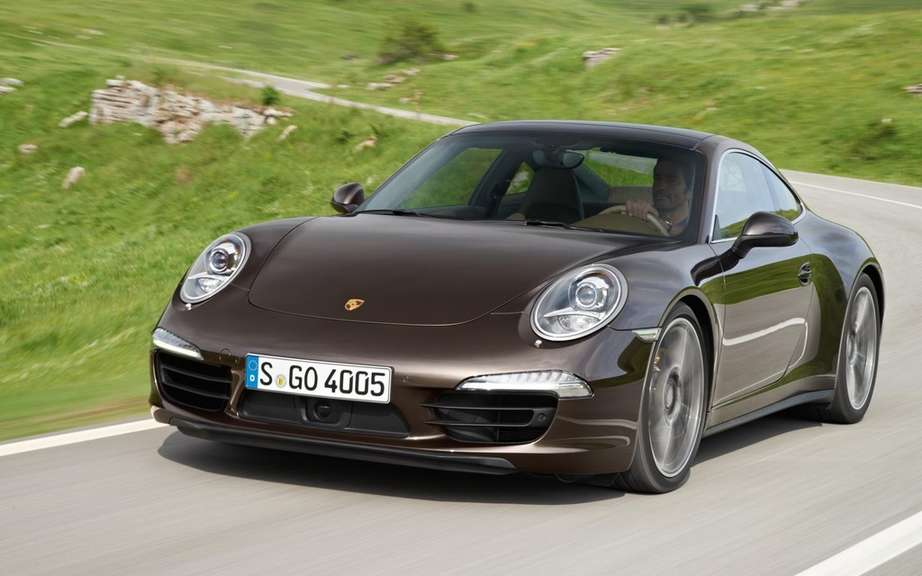 Porsche wants to bridge the gap between the Carrera 4S and Turbo picture #3