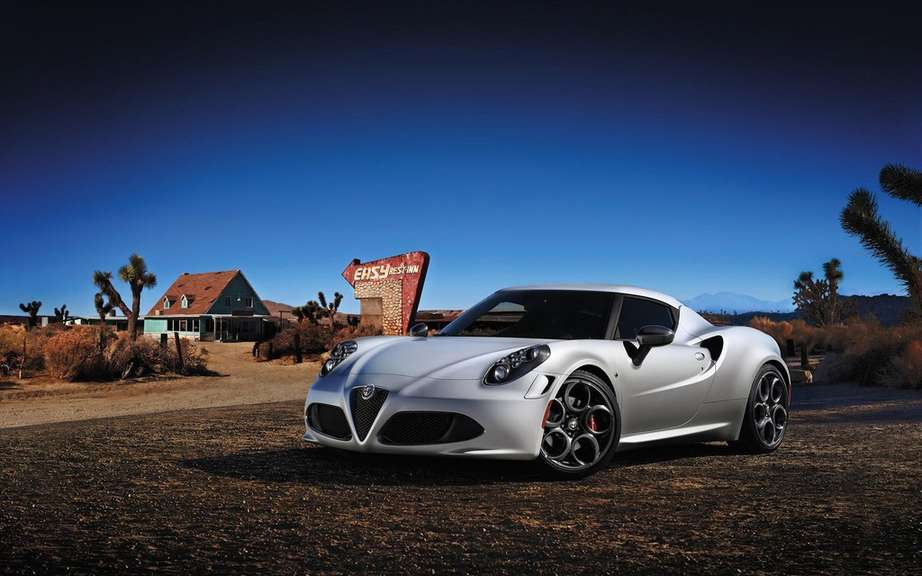 Alfa Romeo Spider inspired by the lines of section 4C