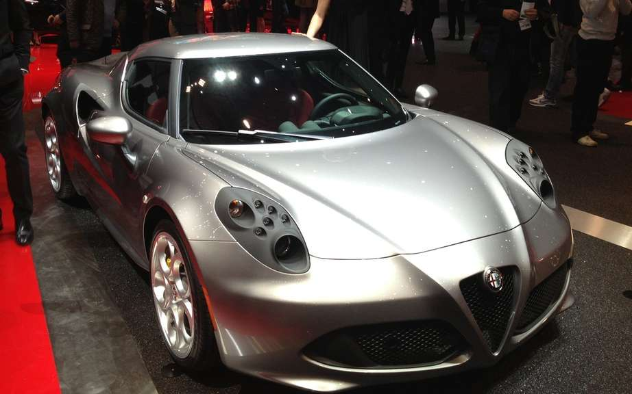 Alfa Romeo 4C converted to car safety picture #3