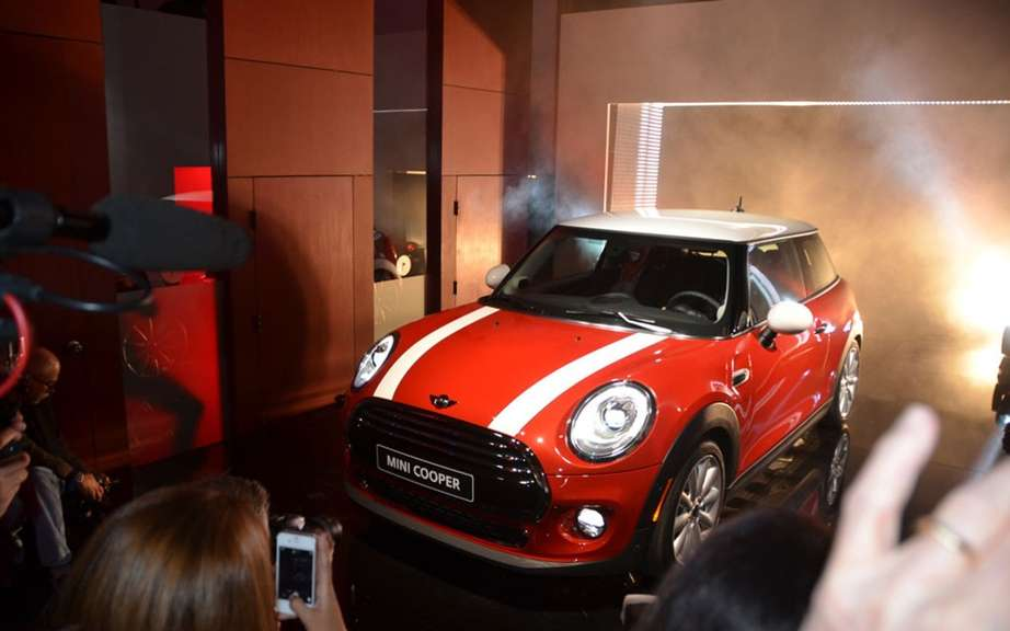 2014 Mini Cooper unveiled on 18 November