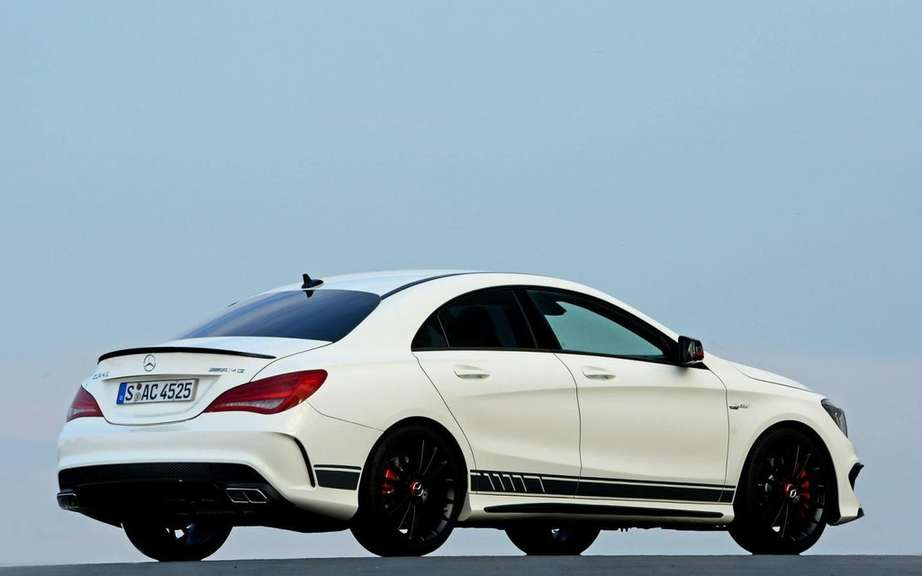 Mercedes-Benz CLA 45 AMG Edition1: the more aggressive picture #6