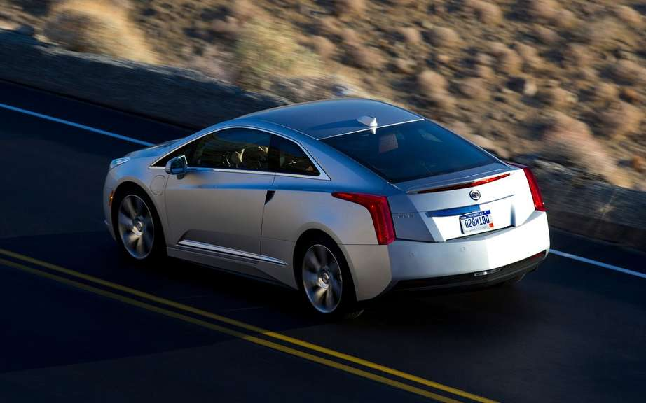 Cadillac ELR: Green Car of the year 2014 picture #9