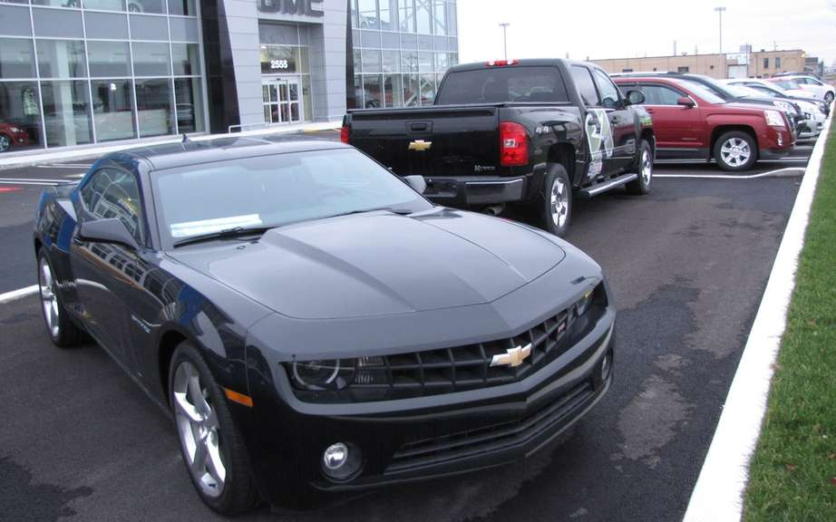 July sales of GM Canada picture #4
