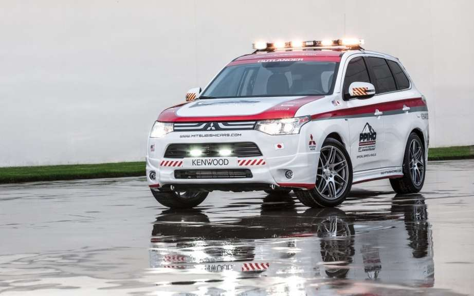 Mitsubishi vehicles and safety at Pikes Peak picture #5