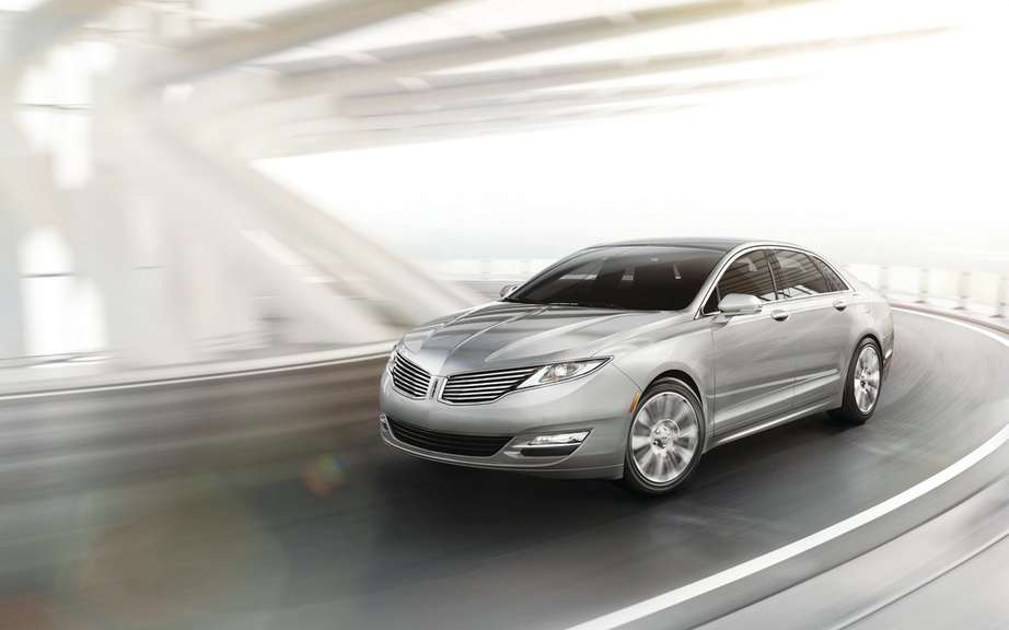 Lincoln will offer four new models by 2016 picture #4