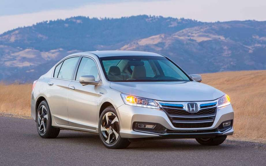 Honda Accord Plug-in Hybrid for the Japanese work picture #4