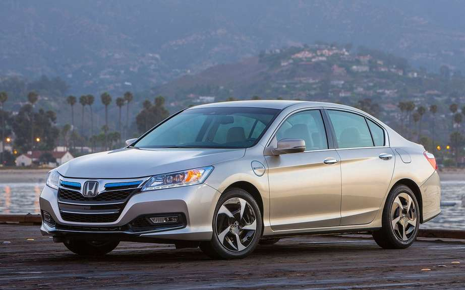 Honda Accord Plug-in Hybrid for the Japanese work picture #5