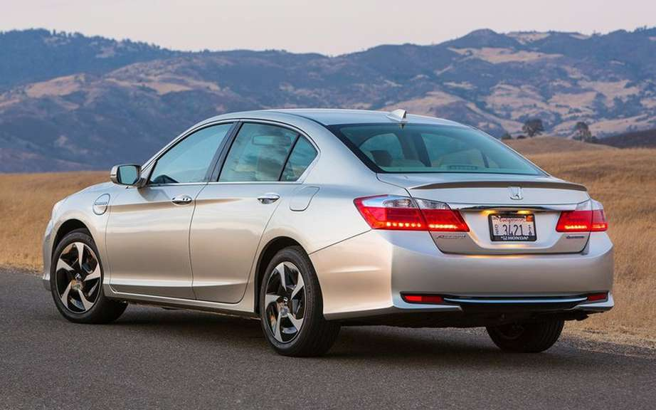 Honda Accord Plug-in Hybrid for the Japanese work picture #6
