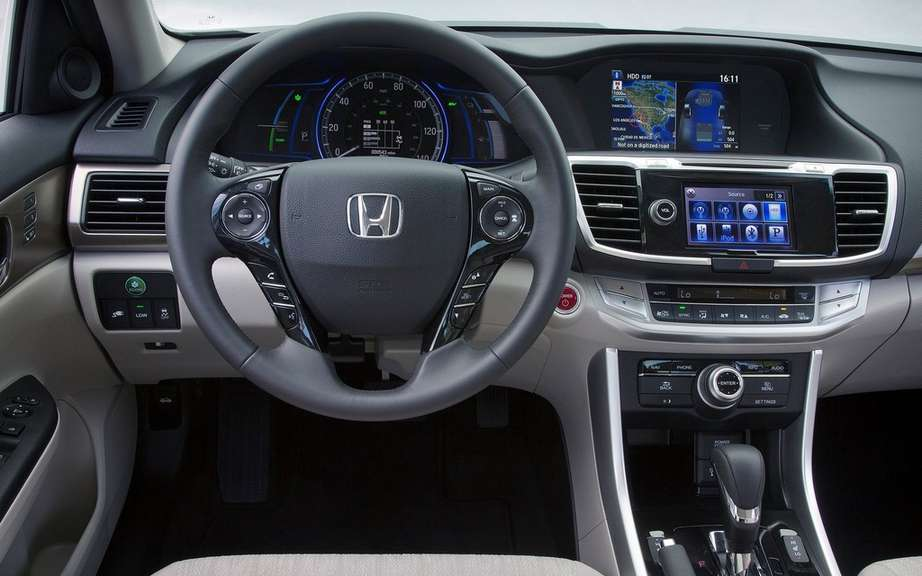 Honda Accord Plug-in Hybrid for the Japanese work picture #8