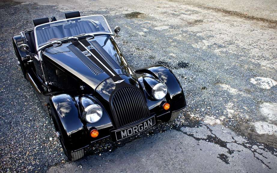 Morgan celebrated the 100th anniversary of its factory with a Plus 8 picture #2