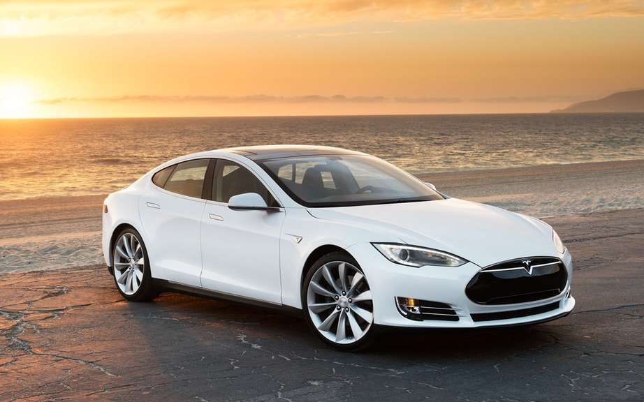 Tesla Model S Lengthens wheelbase to the Chinese market?
