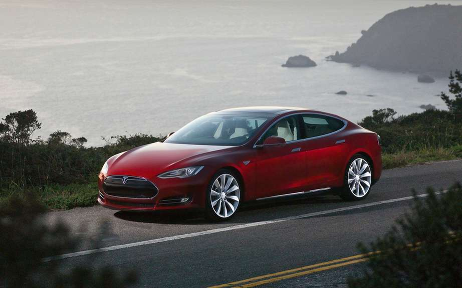 Tesla Model S Lengthens wheelbase to the Chinese market? picture #4