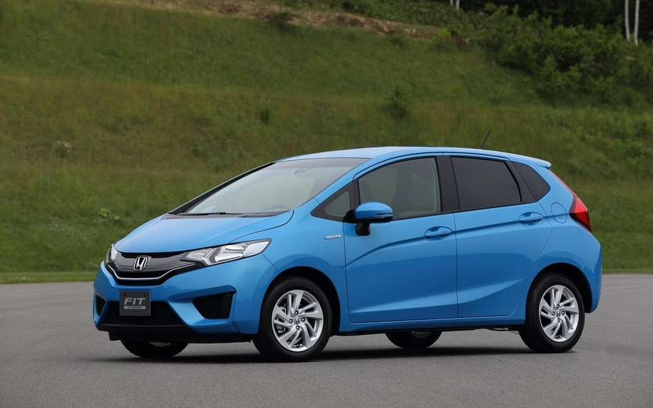 Honda Fit 2014 unveiled on the Net picture #5